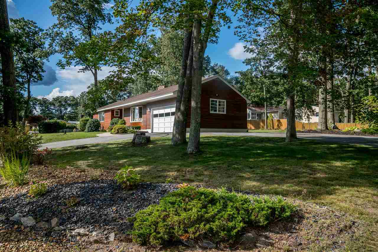 Ranch, Single Family - Windham, NH (photo 3)