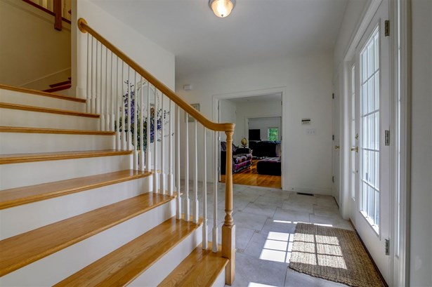 Colonial, Single Family - Windham, NH (photo 3)