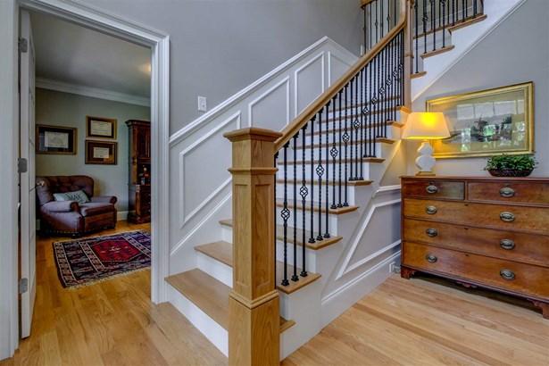 Craftsman, Single Family - Windham, NH (photo 3)