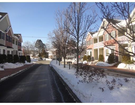 8 Carrington Way, Haverhill, MA - USA (photo 2)
