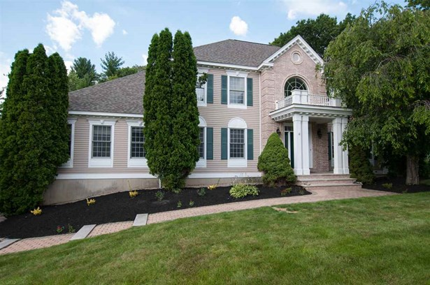 Colonial, Single Family - Windham, NH (photo 1)