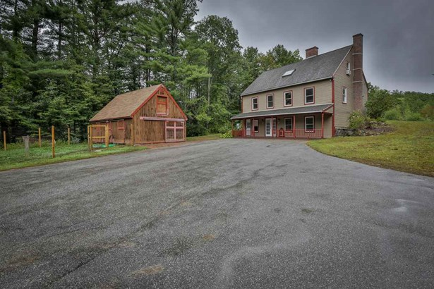 Cape, Single Family - Epping, NH (photo 5)
