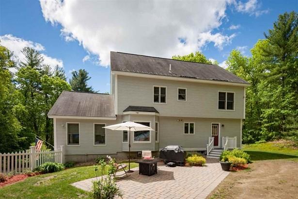Colonial, Single Family - Salem, NH (photo 5)