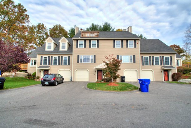 Townhouse, Condo - Hudson, NH (photo 1)