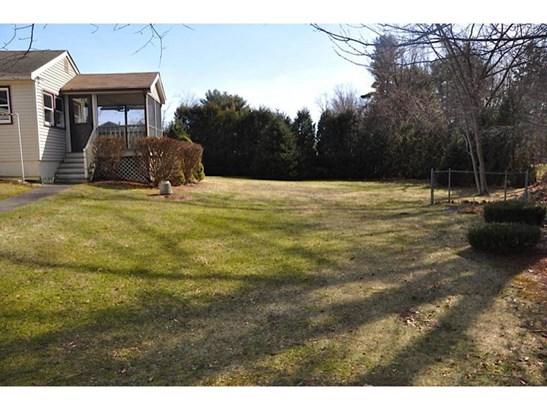 Ranch, Single Family - Atkinson, NH (photo 4)