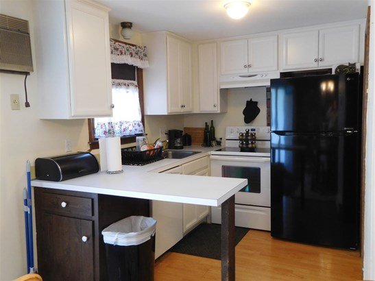 Multi-Family,Townhouse, Condo - Londonderry, NH (photo 4)