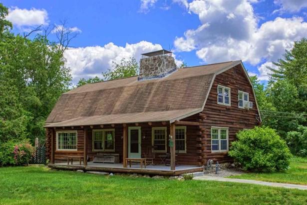 Gambrel, Single Family - Pelham, NH (photo 2)