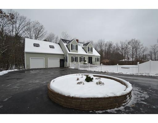 264 Hampstead St, Methuen, MA - USA (photo 4)