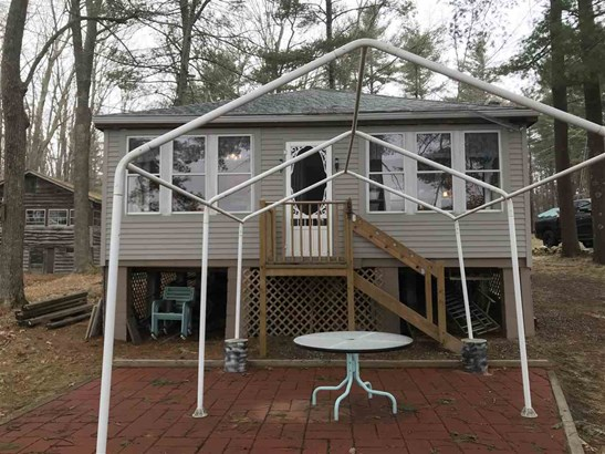 Cottage/Camp, Single Family - Windham, NH (photo 3)