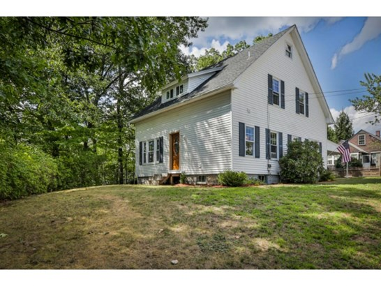 Cape, Single Family - Manchester, NH (photo 2)