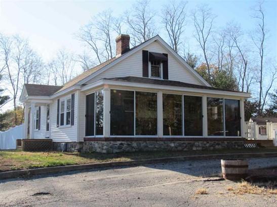 Cape, Single Family - Salem, NH (photo 5)