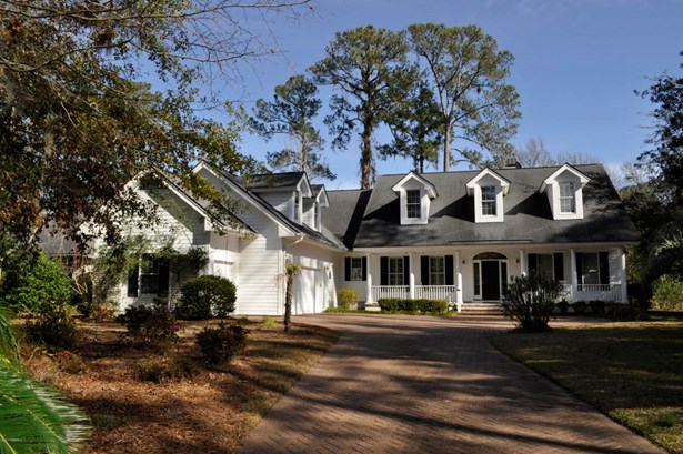 Two Story, Single Family - Dataw Island, SC (photo 1)