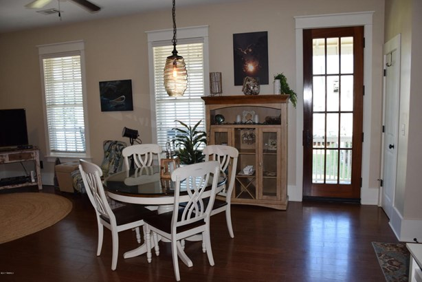 Condo/Townhouse - Beaufort, SC (photo 3)