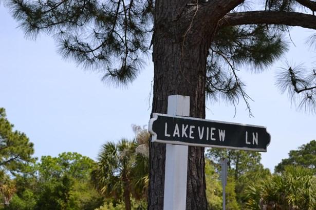 Resident S/D Lot - Harbor Island, SC (photo 3)