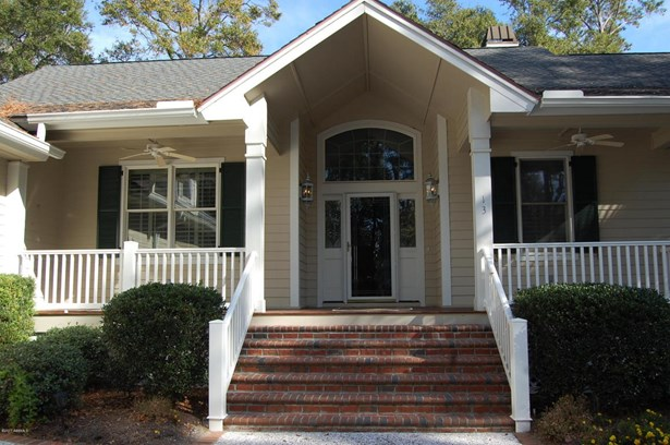 Ranch w/Bonus Room Over Garage, Single Family - Dataw Island, SC (photo 2)