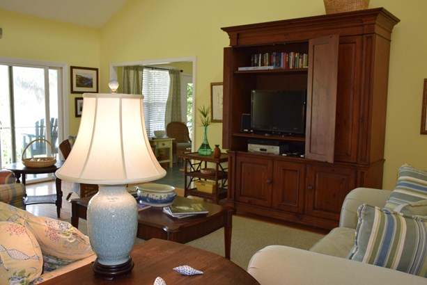 Ranch, Single Family - Fripp Island, SC (photo 4)
