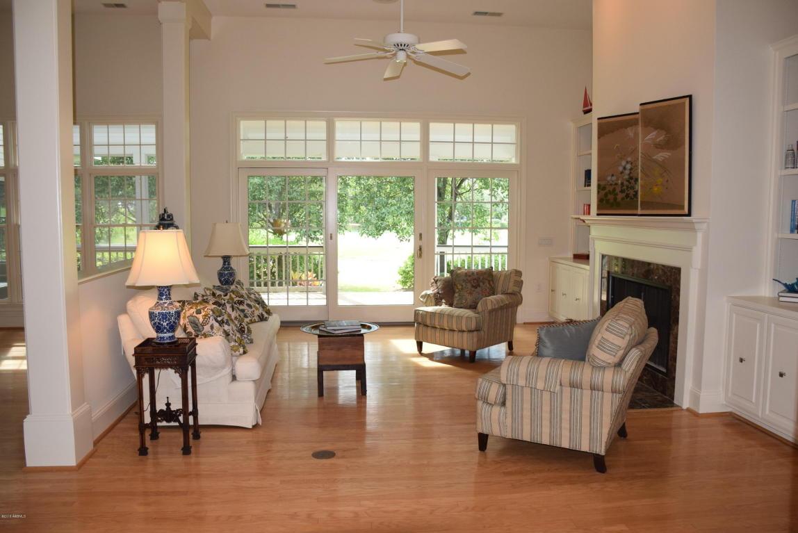 Ranch w/Bonus Room Over Garage, Single Family - Dataw Island, SC (photo 3)