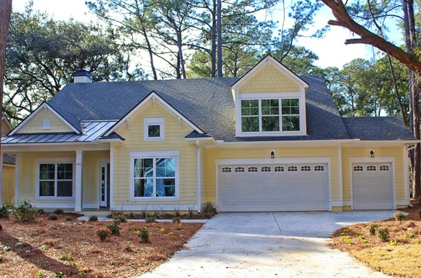 Ranch w/Bonus Room Over Garage, Single Family - St. Helena Island, SC (photo 1)