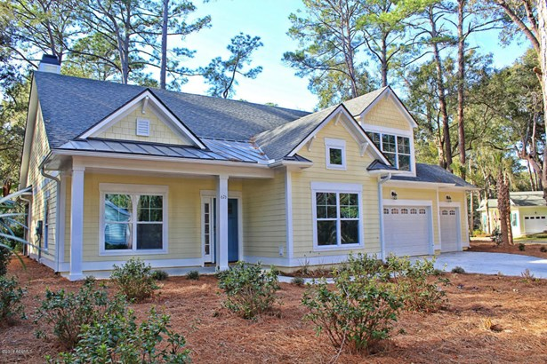 Ranch w/Bonus Room Over Garage, Single Family - St. Helena Island, SC (photo 2)