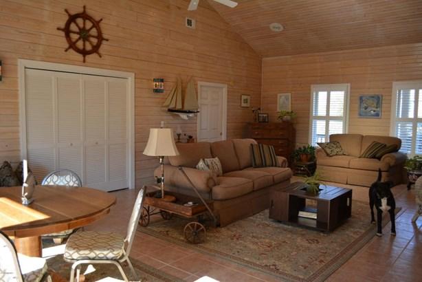 Ranch, Single Family - Harbor Island, SC (photo 5)