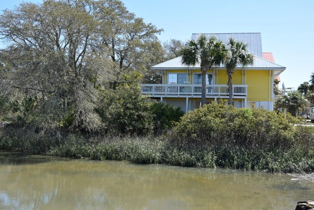 Two Story, Single Family - Harbor Island, SC (photo 1)