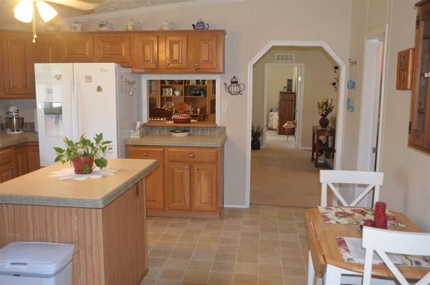 Residential/Single Family - Athens, TN (photo 3)