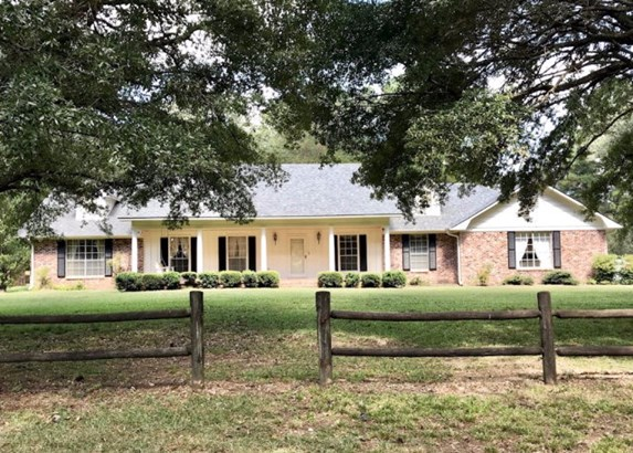 Residential/Single Family - McCall Creek, MS (photo 1)