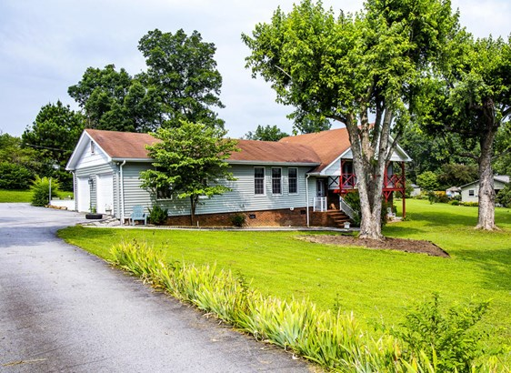 Residential/Single Family - Crossville, TN (photo 4)