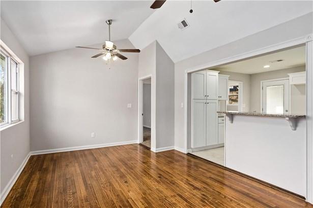 Residential/Single Family - Atlanta, GA (photo 5)