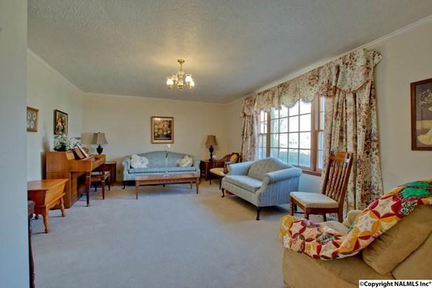 Residential/Single Family - ARAB, AL (photo 5)