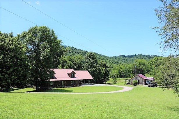 Residential/Single Family - WHITLEYVILLE, TN (photo 1)