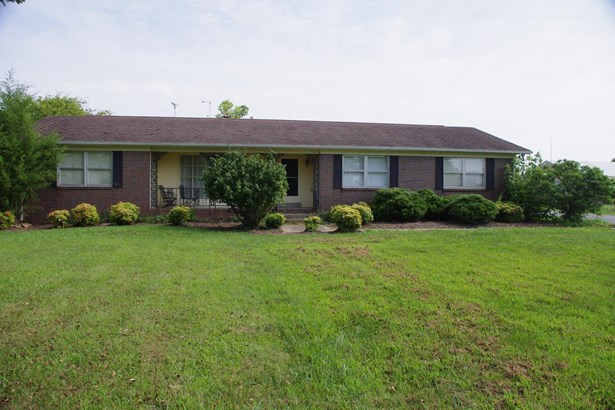 Residential/Single Family - Unionville, TN (photo 4)