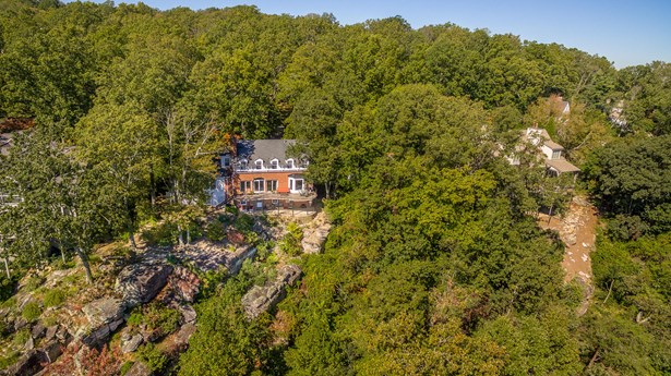 Residential/Single Family - Lookout Mountain, GA (photo 4)