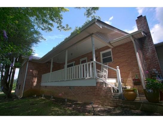 Residential/Single Family - Elizabethton, TN (photo 2)