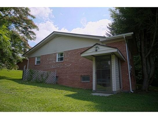 Residential/Single Family - Elizabethton, TN (photo 4)