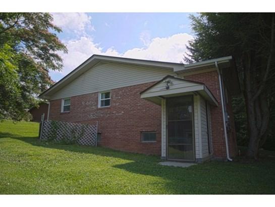 Residential/Single Family - Elizabethton, TN (photo 5)