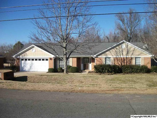 Residential/Single Family - HARVEST, AL (photo 1)