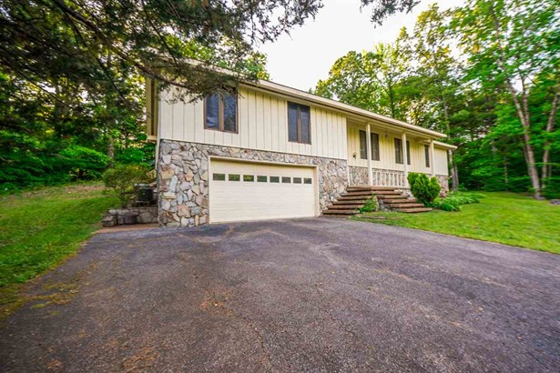 Residential/Single Family - Decaturville, TN (photo 1)