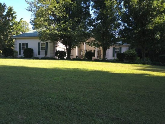 Residential/Single Family - Beech Bluff, TN (photo 2)