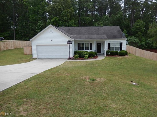 Residential/Single Family - Loganville, GA (photo 2)
