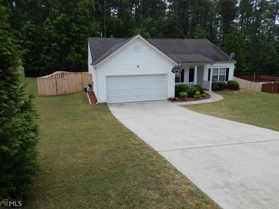 Residential/Single Family - Loganville, GA (photo 3)