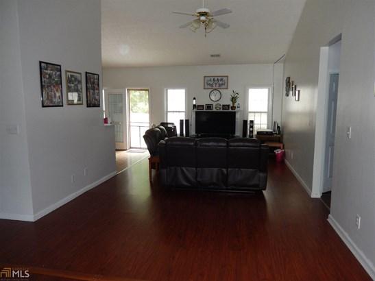 Residential/Single Family - Loganville, GA (photo 5)