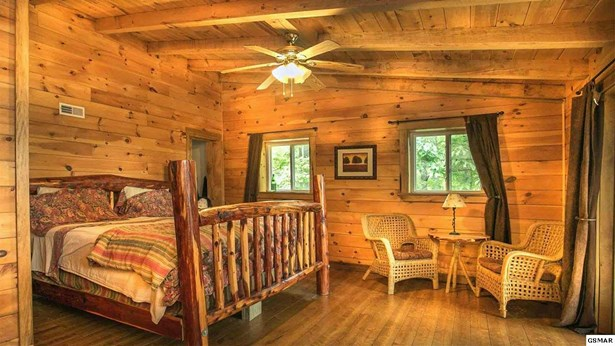 Residential/Single Family - Parrottsville, TN (photo 4)