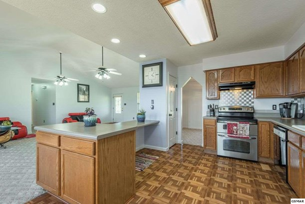 Residential/Single Family - Sevierville, TN (photo 5)