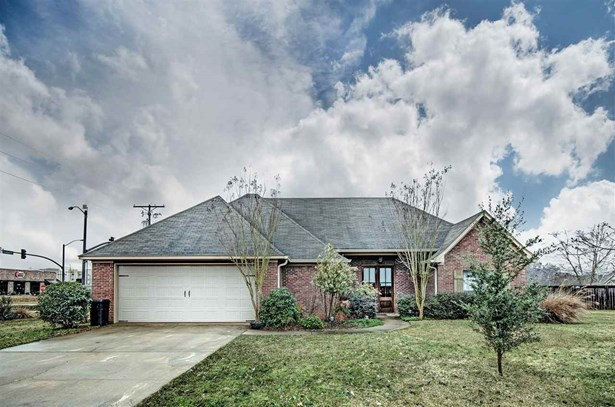 Residential/Single Family - Flowood, MS (photo 1)