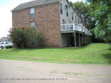 Single Family Attached - Robinsonville, MS (photo 2)