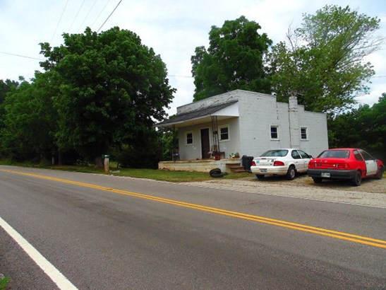 Residential/Single Family - Baxter, TN (photo 4)