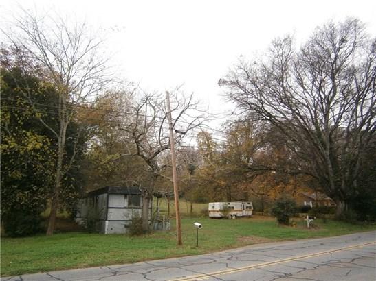 Residential/Single Family - Emerson, GA (photo 1)