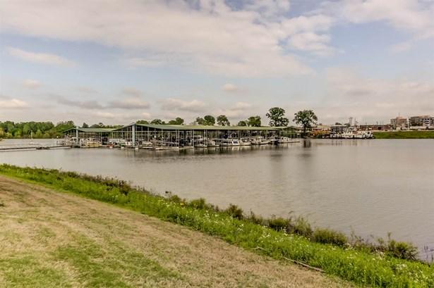 Condo - Memphis, TN (photo 4)