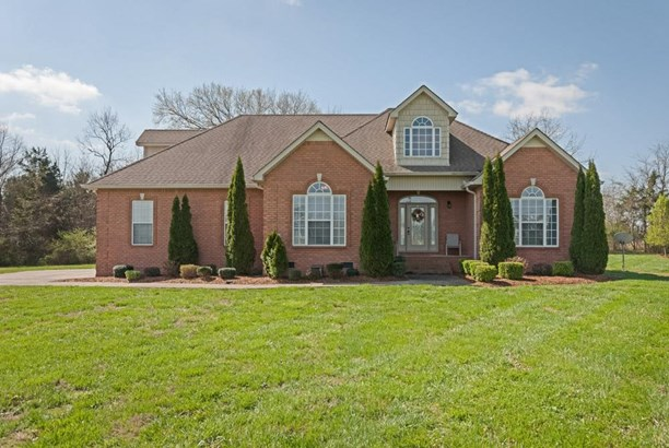 Residential/Single Family - Eagleville, TN (photo 1)